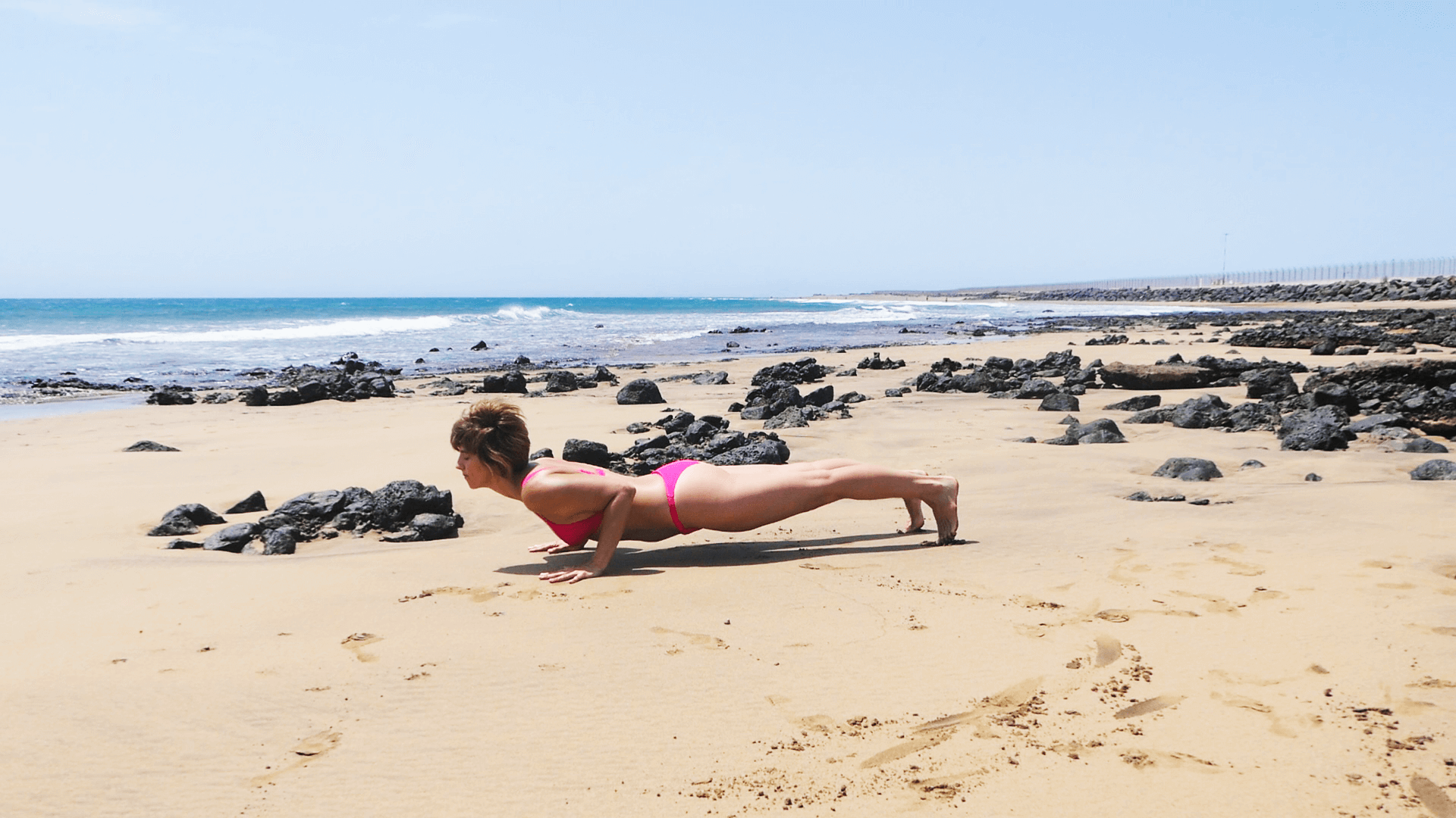 Chaturanga en la playa
